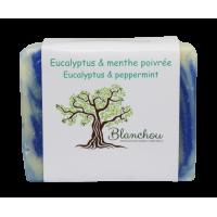 savon eucalyptus et menthe poivrée pour tous les types de peau